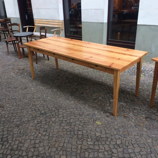 Maßtisch Holzgestell lang